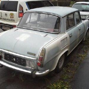 Staré vozidlá v našom meste 10